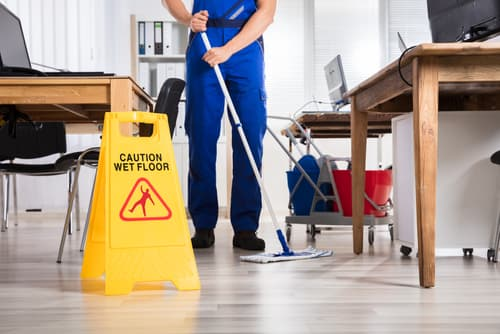 Where can I book a top-of-the-line cleaning in Clinton, IN